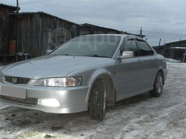 Honda Accord, 2001 год, 325 000 руб.