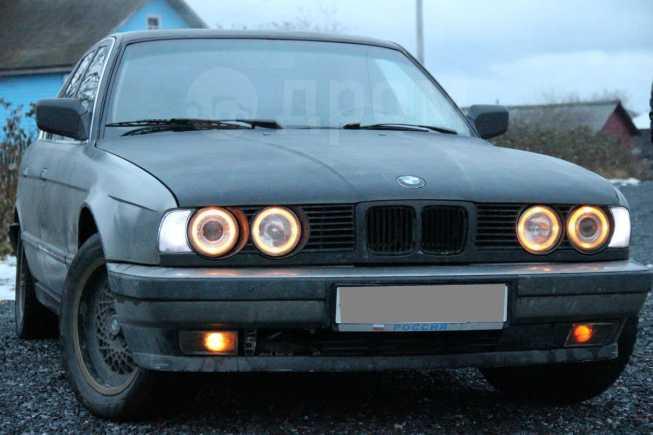 BMW 5-Series, 1988 год, 135 000 руб.