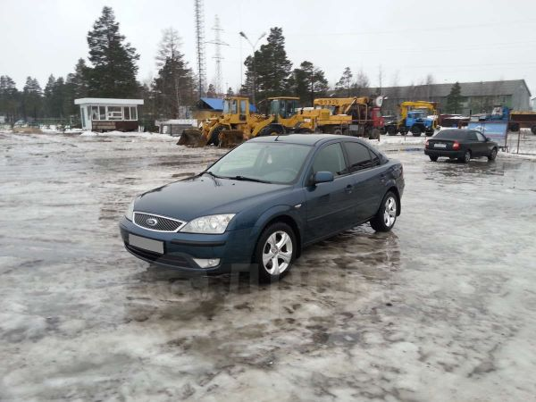 Ford Mondeo, 2004 год, 316 000 руб.