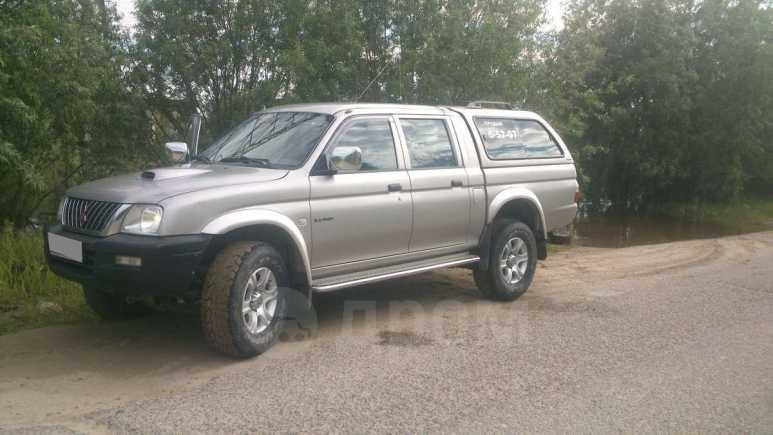 Mitsubishi L200, 2004 год, 560 000 руб.