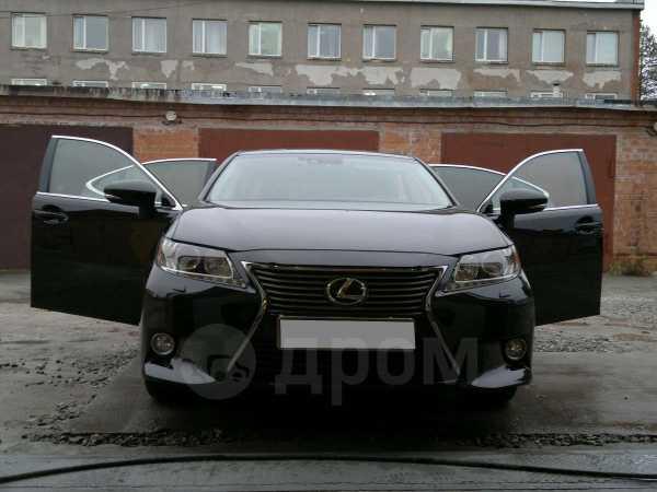 Lexus ES300h, 2012 год, 1 950 000 руб.