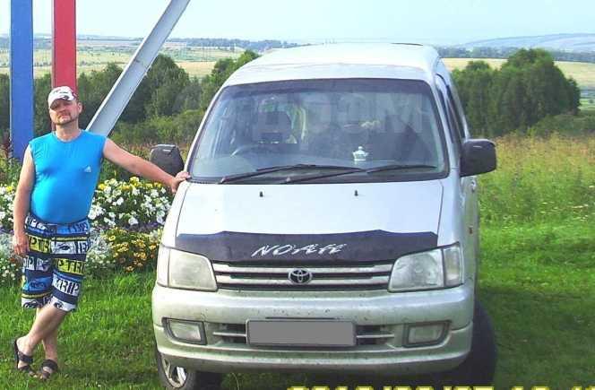Toyota Town Ace Noah, 1998 год, 280 000 руб.