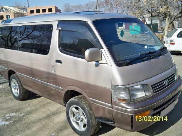 Toyota Hiace, 1995 год, 335 000 руб.