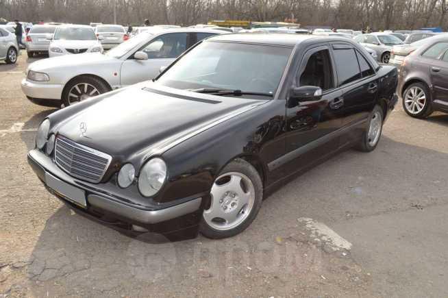Mercedes-Benz E-Class, 2000 год, 420 000 руб.