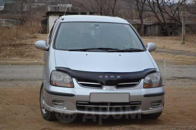 Nissan Tino, 1999 год, 185 000 руб.