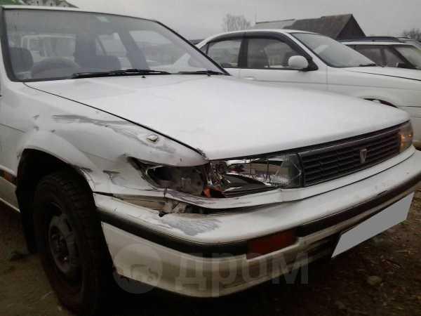 Nissan Bluebird, 1988 год, 17 000 руб.