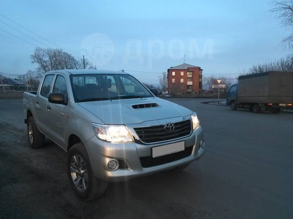Toyota Hilux Pick Up, 2013 год, 1 070 000 руб.