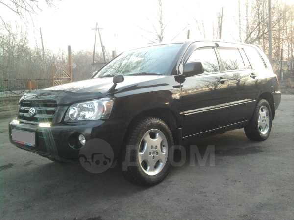 Toyota Kluger V, 2003 год, 580 000 руб.