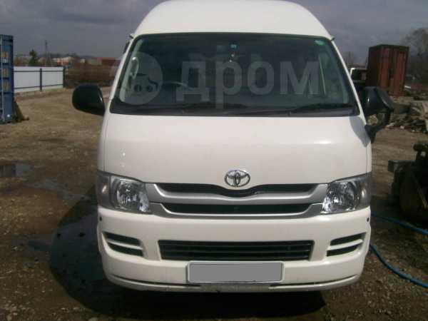 Toyota Hiace, 2007 год, 645 000 руб.