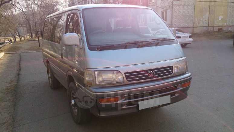 Toyota Hiace, 1998 год, 335 000 руб.