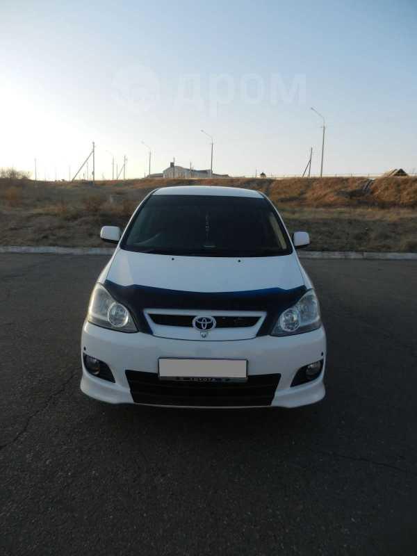 Toyota Ipsum, 2004 год, 560 000 руб.