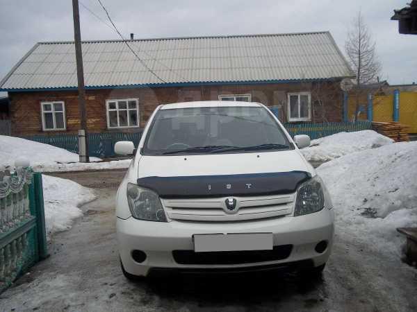 Toyota ist, 2003 год, 245 000 руб.