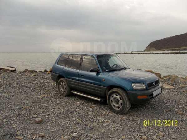 Toyota RAV4, 1996 год, 195 000 руб.