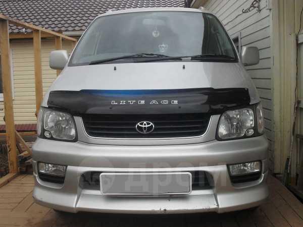 Toyota Lite Ace Noah, 2001 год, 390 000 руб.