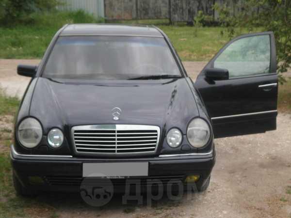 Mercedes-Benz E-Class, 1996 год, 260 000 руб.
