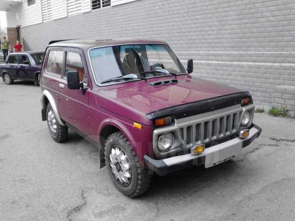 Лада 4x4 2121 Нива, 2002 год, 200 000 руб.