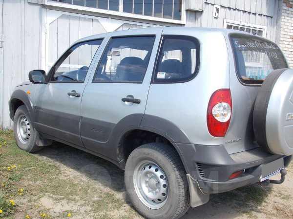 Chevrolet Niva, 2009 год, 351 000 руб.