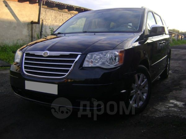 Chrysler Town&Country, 2008 год, 899 000 руб.