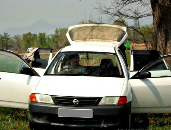 Nissan AD, 2002 год, 150 000 руб.
