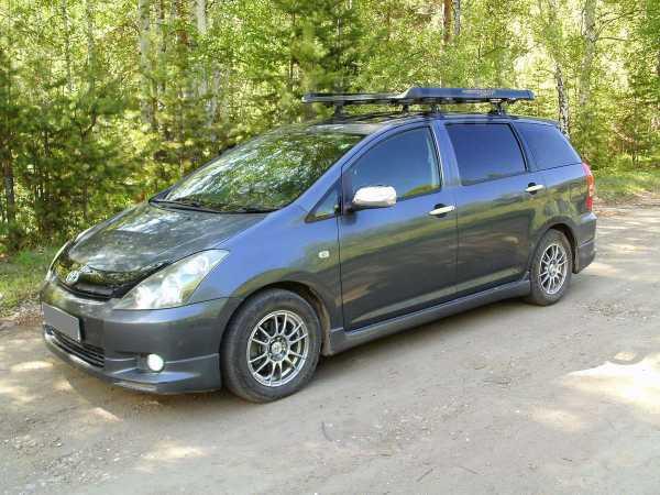 Toyota Wish, 2003 год, 445 000 руб.