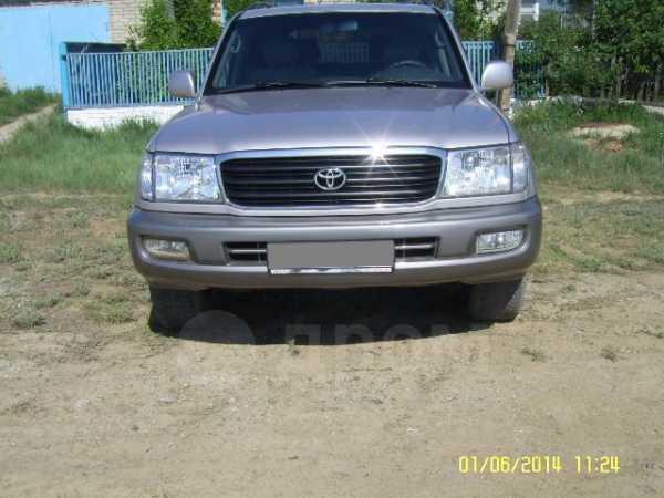 Toyota Land Cruiser, 2002 год, 800 000 руб.