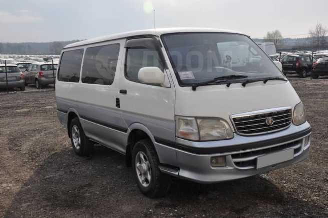 Toyota Hiace, 2000 год, 400 000 руб.