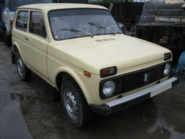 Лада 4x4 2121 Нива, 1985 год, 100 000 руб.