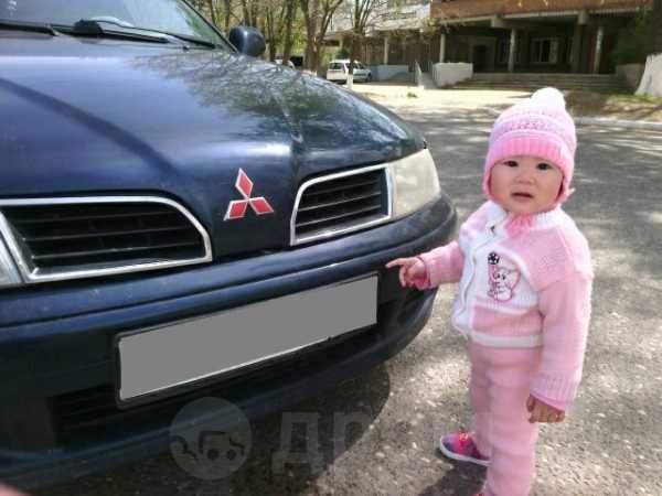 Mitsubishi Carisma, 1999 год, 180 000 руб.