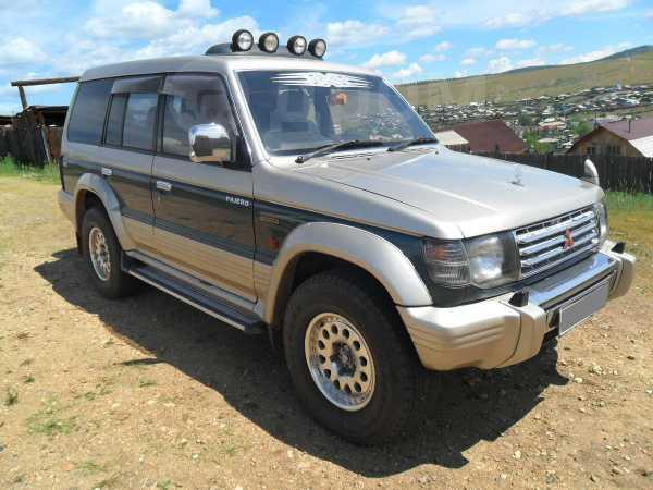 Mitsubishi Pajero, 1993 год, 385 000 руб.