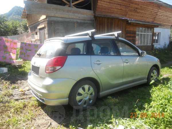 Toyota Matrix, 2002 год, 390 000 руб.