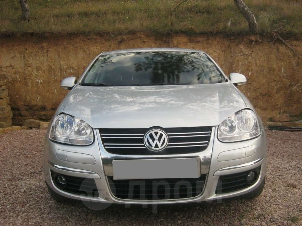Volkswagen Jetta, 2010 год, 974 320 руб.