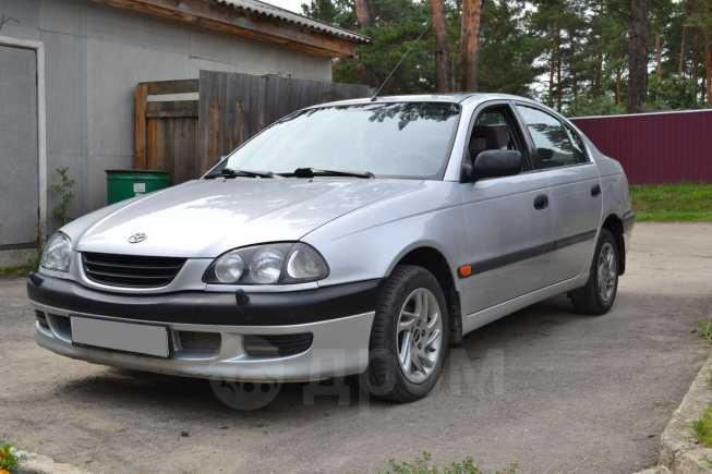 Toyota Avensis, 1998 год, 260 000 руб.
