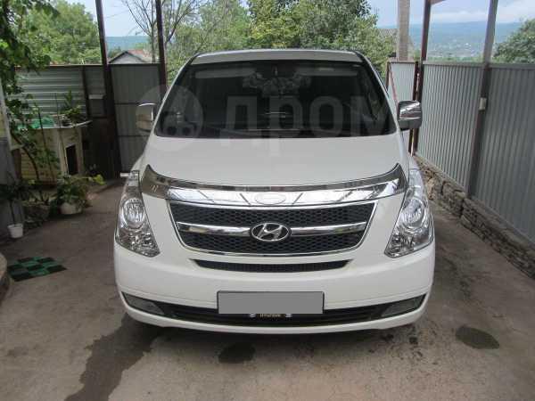 Hyundai Grand Starex, 2010 год, 880 000 руб.