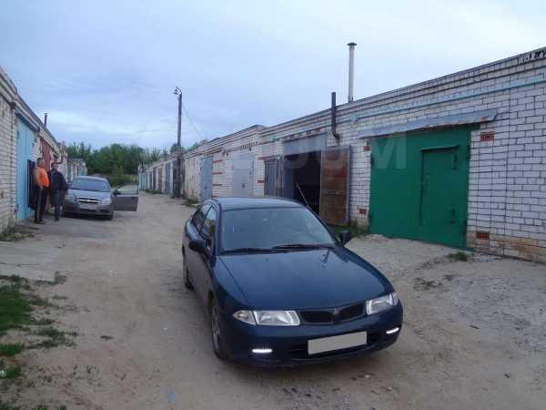 Mitsubishi Carisma, 1996 год, 120 000 руб.