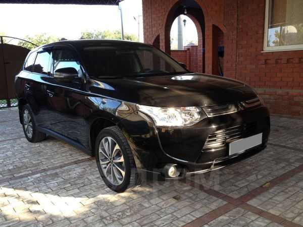 Mitsubishi Outlander, 2012 год, 957 000 руб.