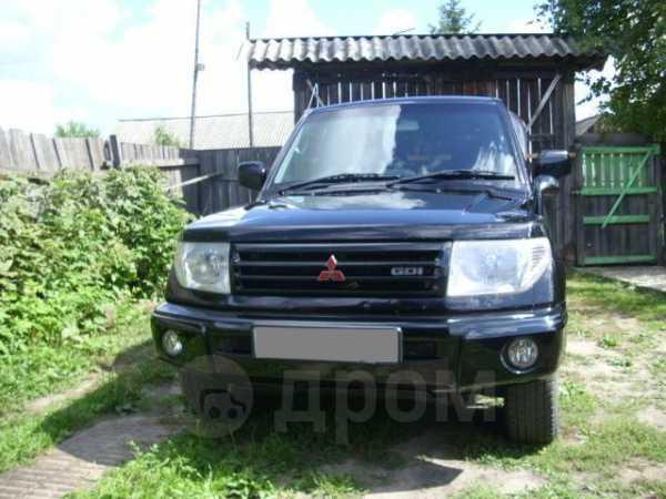 Mitsubishi Pajero iO, 2000 год, 299 000 руб.
