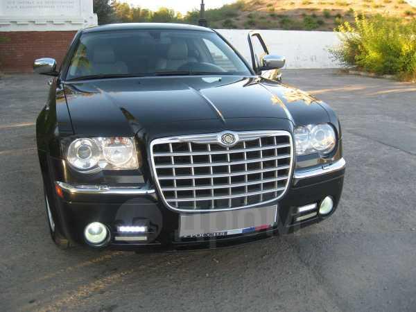 Chrysler 300C, 2007 год, 710 000 руб.