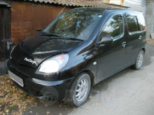 Toyota Funcargo, 2001 год, 260 000 руб.