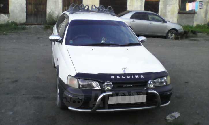 Toyota Caldina, 1998 год, 265 000 руб.