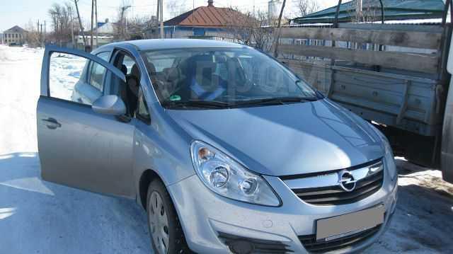 Opel Corsa, 2009 год, 350 000 руб.