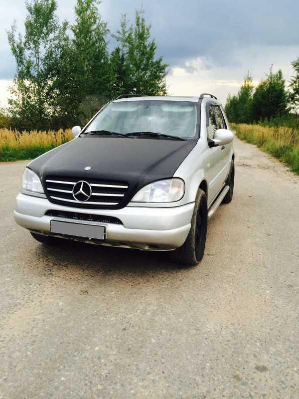 Mercedes-Benz M-Class, 1998 год, 350 000 руб.