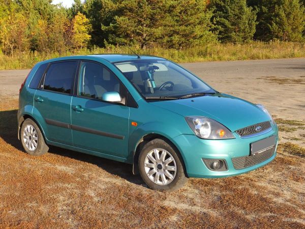Ford Fiesta, 2006 год, 250 000 руб.