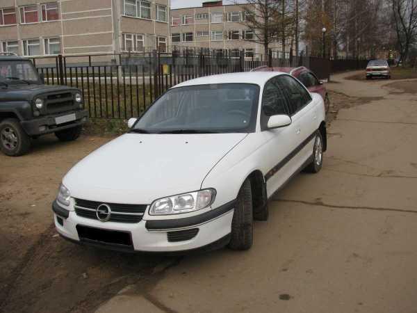 Opel Omega, 1999 год, 135 000 руб.