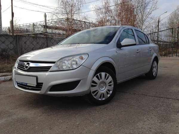 Opel Astra, 2011 год, 400 000 руб.