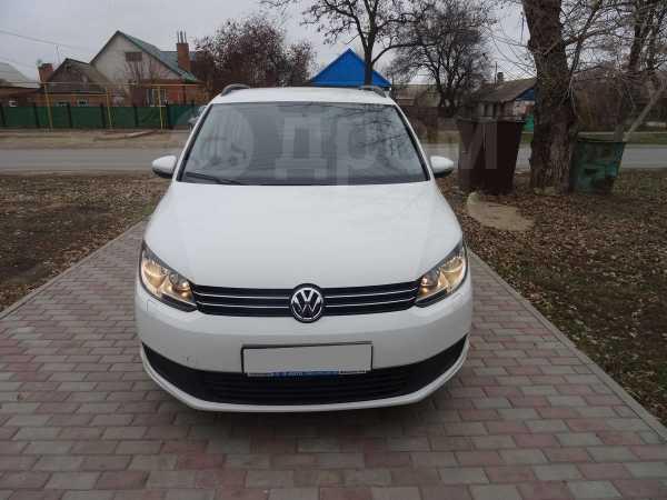 Volkswagen Touran, 2012 год, 760 000 руб.