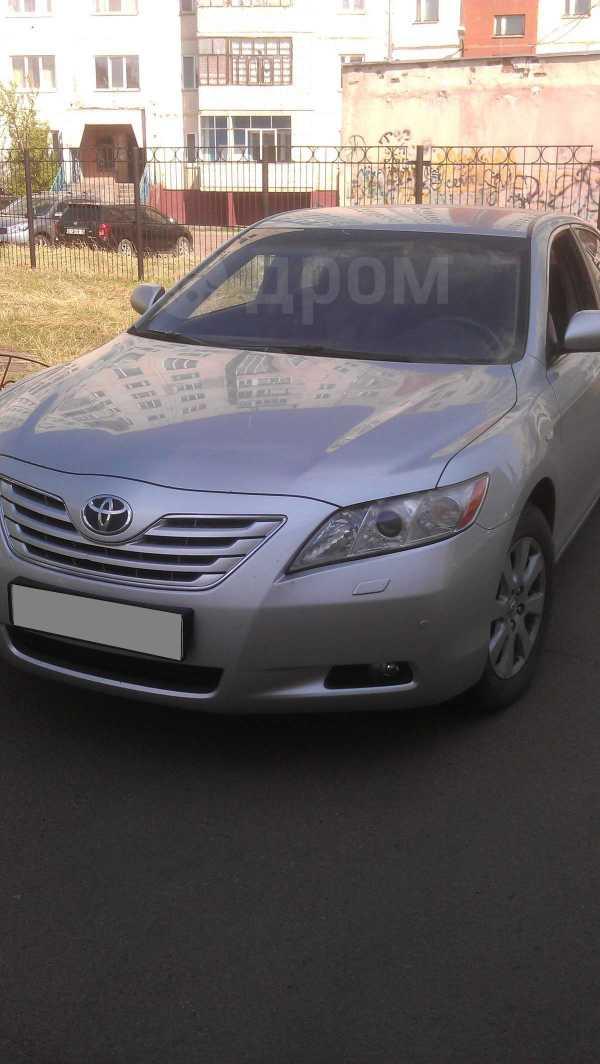 Toyota Camry, 2006 год, 680 000 руб.