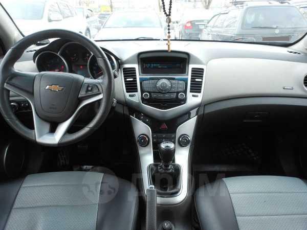 Chevrolet Cruze, 2010 год, 580 000 руб.
