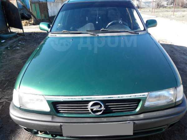 Opel Astra, 1996 год, 135 000 руб.