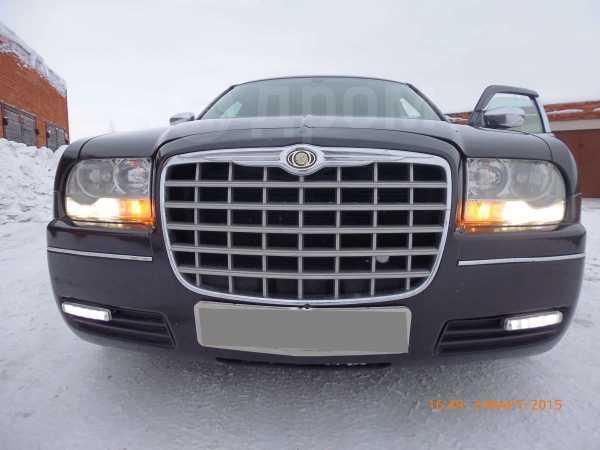 Chrysler 300C, 2005 год, 490 000 руб.