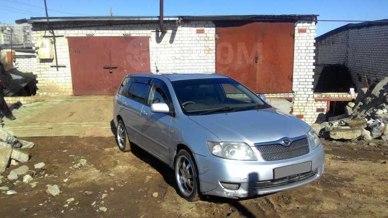 Toyota Corolla Fielder, 2004 год, 310 000 руб.